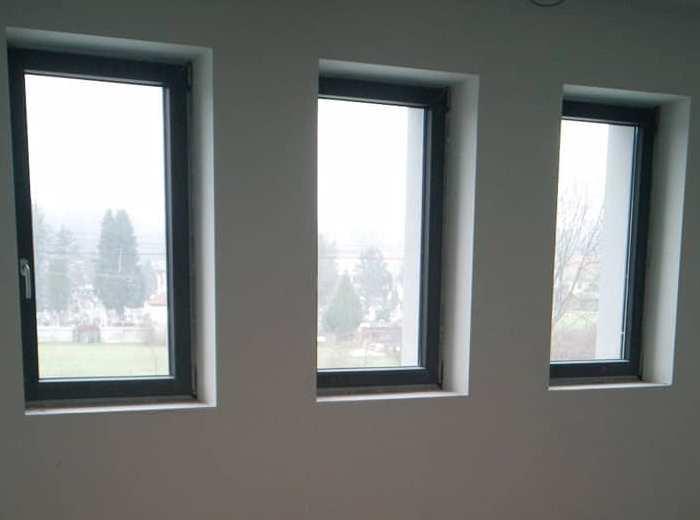 Montaža oken in vrat Kikani